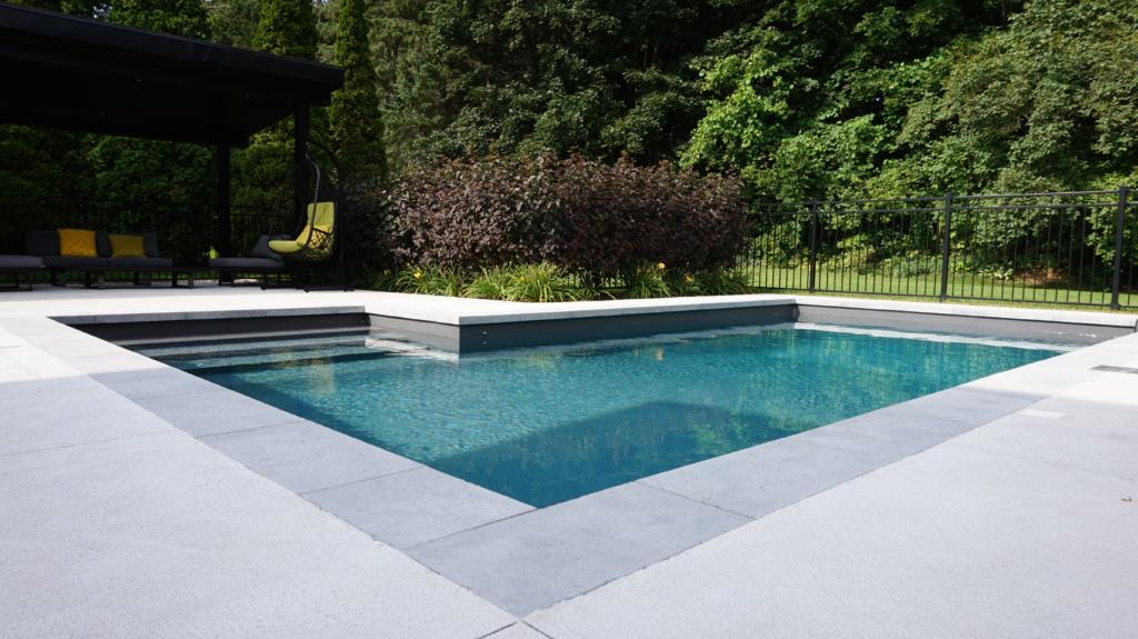 Piscine creus e concept piscine design piscines spas for Piscine design concept