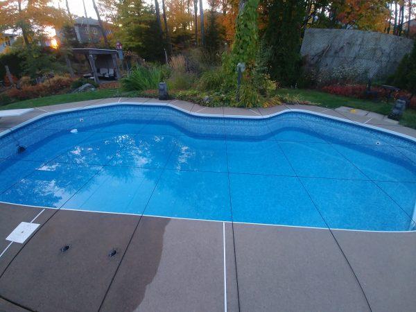 cordes élastiques pour piscines creusées
