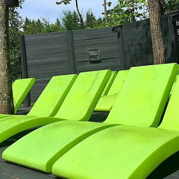 chaise longue siesta-vert-concept_piscine_design
