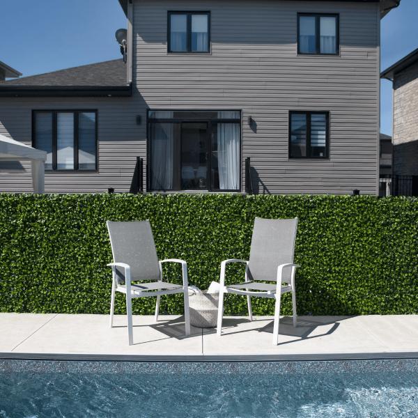 chaises-patio-bord_piscine-meubles_de_jardin