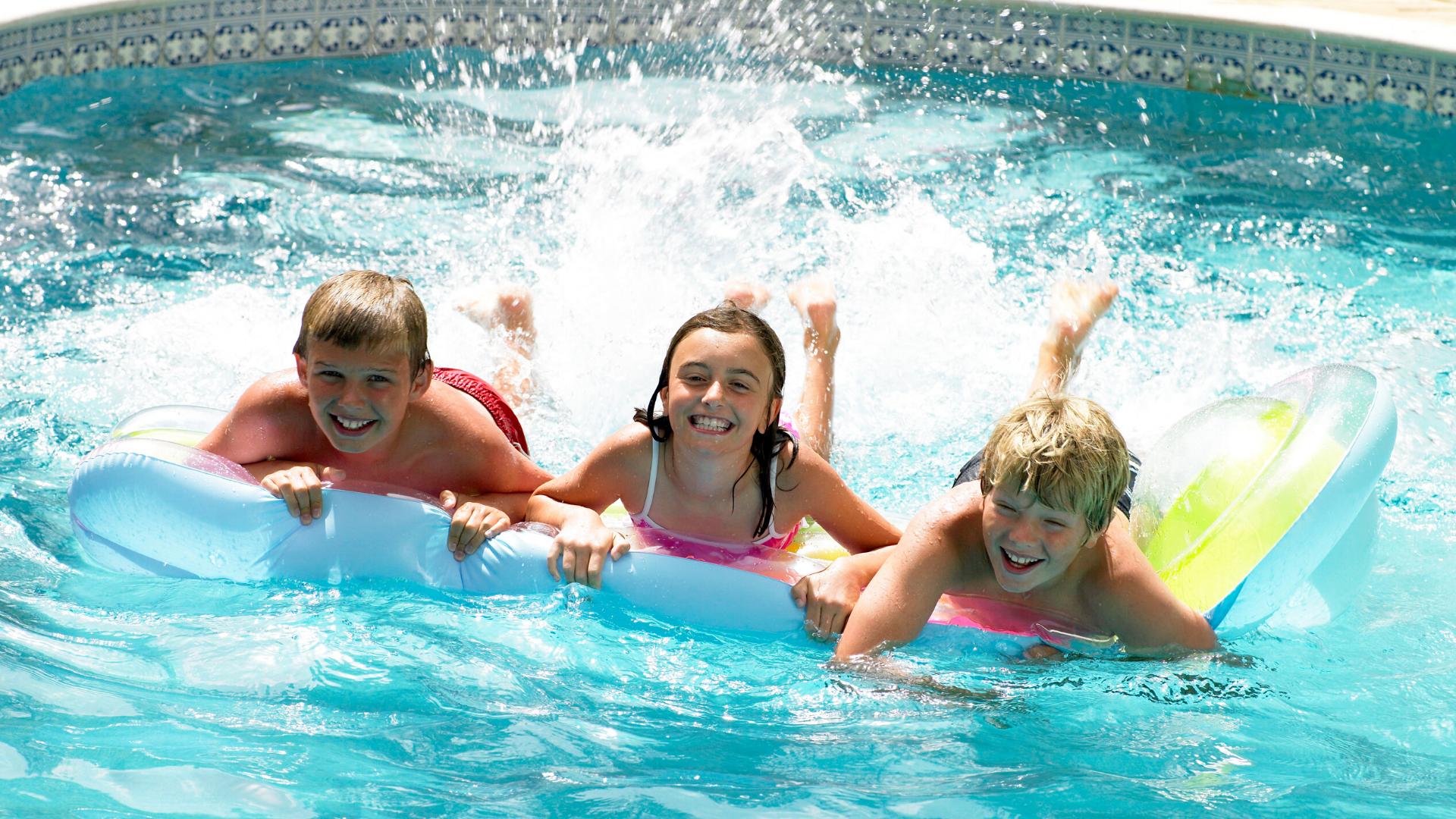 jeux-piscine-party-enfants