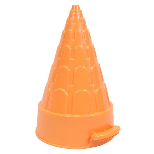 Moule à neige en forme de pyramide