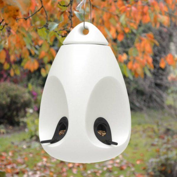 mangeoir_oiseau-tweet-blanc-decoration_exterieure-concept_piscine_design