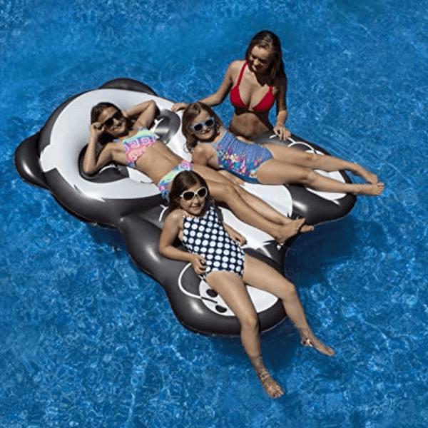 Swimline-panda-flottant_piscine-jeu_piscine_famille-concept_piscine_design